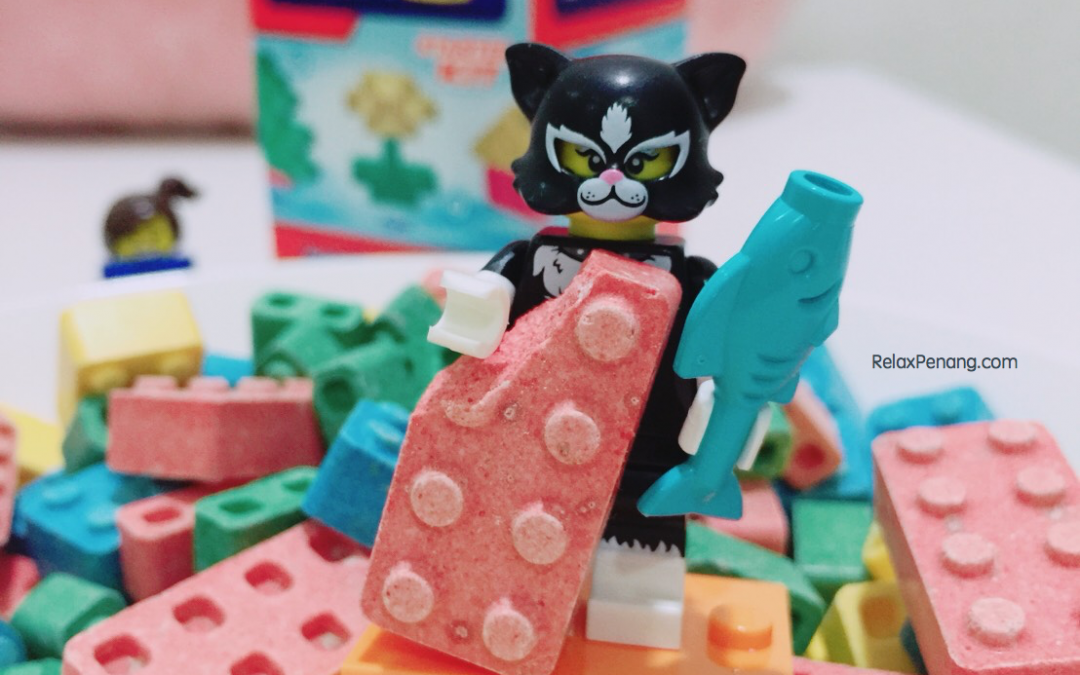 Candy Blox – Nice Looking, Fun to Play & Horrible Taste 'Lego' Candy
