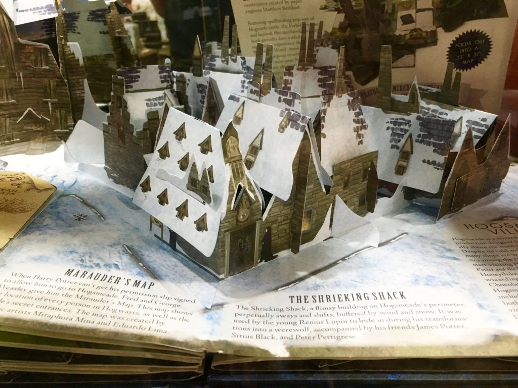 Harry Potter Hogwarts Pop Up Book