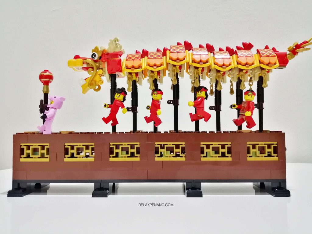 LEGO Dragon Dance Review 3